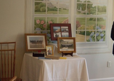 Picture Table-min